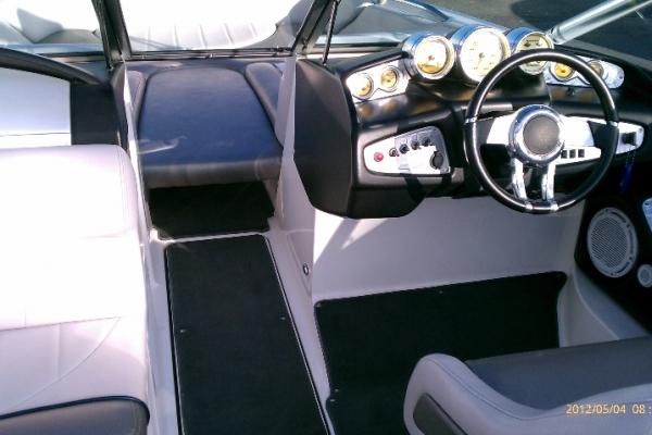 boise-interior-boatA15FDAA3-48F1-5B92-261F-AA109F872309.jpg