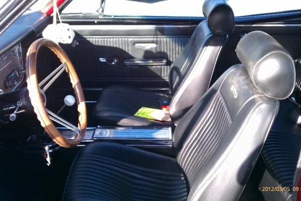 class-interior-detail-boise8C443F83-31A8-6447-B27E-B61273939E53.jpg